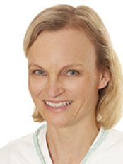 Dr Britta Nehrhoff - Doctor at Dr. Med. Marion Moers-Carpi - Hautok-cosmetics