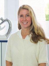 Dr Ingrid Kautz -  at Haut- und Laserklinik