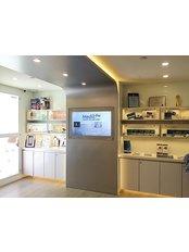 Medik Pro Aesthetics & Anti Aging Institution - We have 3 clinics located in Causeway Bay, Tsim Sha Tsui and Jordan