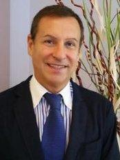 Dott. Massimo Ceva - via Giotto, 15, Milano, 20145,  0