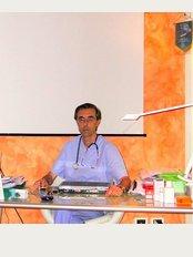 Dr. Fabio Iacoponi - Piazzale Pontecorvo 2-A, Padua,