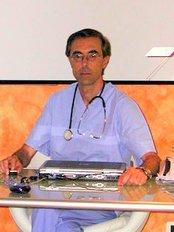 Dr. Fabio Iacoponi - Piazzale Pontecorvo 2-A, Padua,  0