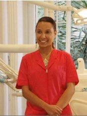 Dr Agnese D'armini - Dentist at Studio Armonia del Viso della Dott.ssa Francesca Montanari