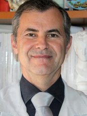 Dr Agolli Enis -  at Polimedica Laser