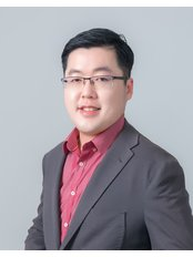 Dr Wee Clinic - DR WEE CHIAN CHUAN MBBS (AIMST), AAAM (USA), LCP in Aesthetic Practice (MOH), MSc in Healthy Aging, Medical Aesthetic & Regenerative Medicine (UCSI)