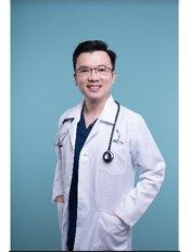 Dr Chong Tze Sheng - Doctor at Dr Chong Clinic (Premium)