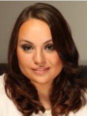 Frau Karolina Krawczyk - Ärztin - Dr. Kulczycka Centrum Estetyki
