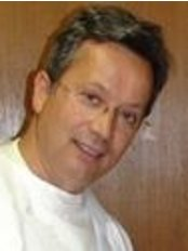 Dr. Ribeiro Mendonça - Mafra - Rua Luís de Camões, n.º 8, Mafra, 2640501,  0