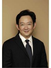 Dr Donald Ng - Surgeon at Alaxis Medical and Aesthetic Surgery