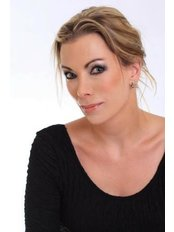 Dr Claire Jacobsohn  - Aesthetic Medicine Physician at The Aesthetics HQ