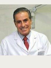 Doctor Simarro - Valley Salud - Calle Santiago 14 Alcalá de Henares, Madrid, 28801,