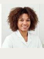 Dr. Eulàlia Rovira Orriols - Medicina Estetica Antiaging - Carrer Libertat 46 Bajos, Vilanova i la Geltrú, Barcelona, 08800,