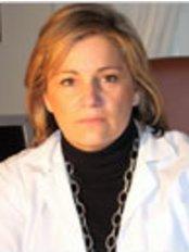 Dra. Elena Gaspar - Clínica Médico-Dietética - Calle Alfonso XIII, Edificio Terminal 1, 1º 7, Fuengirola, 29640,  0