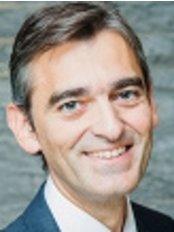 Dr Javier Espino - Doctor at Clinicas Zurich - Barcelona - Málaga