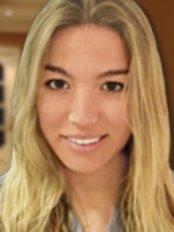 Dr Marta Tellez -  at Clinicas Dra Tellez-Marbella