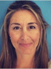 Dr Brianda de Mendoza -  at Clinicas Dra Tellez-Marbella