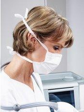 Dr Lis Vettovaglia -  at Beauty Med Center