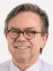 Dr Thomas Würsch - Doctor at Sana Skin