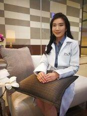 Achita  Sinanunwanich - Aesthetic Medicine Physician at Metro Bangkok Clinic