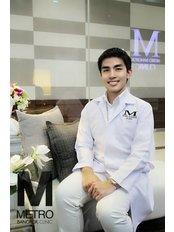 Phumiphat  Laorrotwong - Doctor at Metro Bangkok Clinic