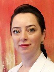 Tülin Deveci -  at Bona Klinik