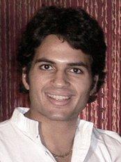 Dr Vik Gautam - Doctor at DermaSkin Clinic Bristol