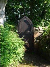Wellfield Laser  Beauty - Wellfield House, Parkhouse Lane, Keynsham, Bristol, BS31 2SG,  0