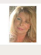 Cheshire Contours Ltd - Fiona Cowie