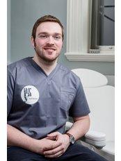 Dr Colum  O'Hare - Doctor at Array Aesthetics