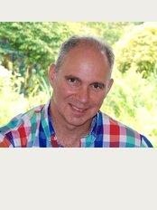 Plymouth Vein Clinic - Simon Ashley MS FRCS