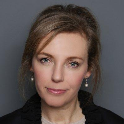 Mrs Julie Scott
