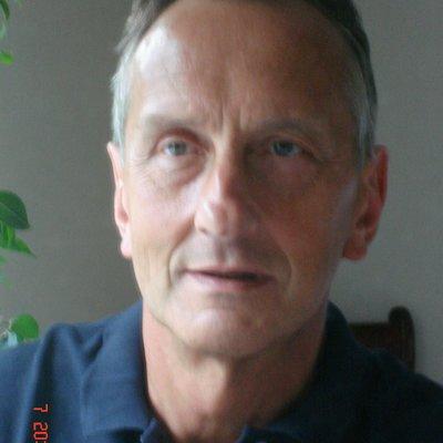 Dr George Kindy