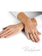 Hand Rejuvenation - Skin-Quest Clinics