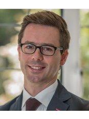 Dr Russell Bramhall - Surgeon at Dr Darren McKeown - London