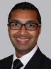 Dr Sachin Jauhar - Dentist at Lansdowne Facial Aesthetics
