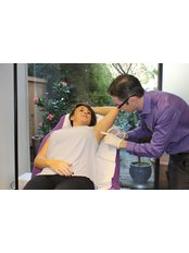Excessive Sweating Treatment - SkinViva Hyde