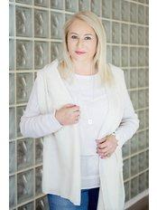 Dr Malgorzata Lewicka-Kisiel - Consultant at Aesthetic Medicine | Eskulap Clinic
