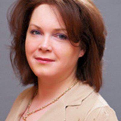 Miss Kathryn Carson