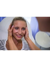Medical Aesthetics Specialist Consultation - Radiant Aesthetics