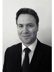 Dr Xavier Stonehewer - Doctor at Athena Clinics - Bath