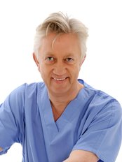 Dr Hugo J Kitchen - Aesthetic Medicine Physician at Stratford Dermatherapy Clinic - Serenity