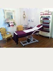 Harley Street Skin Clinic, Reigate - Treatment Room