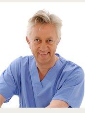 Stratford Dermatherapy Clinic - Stratford-upon-Avon - Dr Hugo J Kitchen
