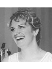Miss Kirsten Hartley -  at Beautoxology