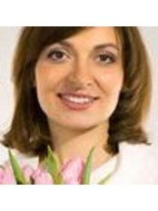 Ms Elena Perekhrest - Dermatologist at Clinic Litous