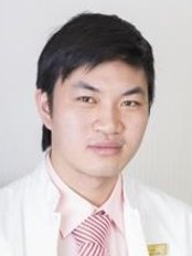 Dr Nguyen Van Hoan - Doctor at Maia Maia and Aesthetic Institute