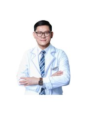 Dr Tran Ngoc Si - Dermatologist at A and A International Aesthetic Clinic