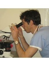 Dr David Gill - Dermatologist at Camberwell Dermatology Centre