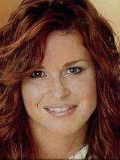 Bellaza Beauty Clinic - Ms Sue Machesney