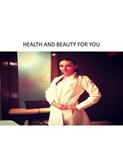 Dr Areli Kneip - Aesthetic Medicine Physician at Health And Beauty For You - Paseo de los Laureles